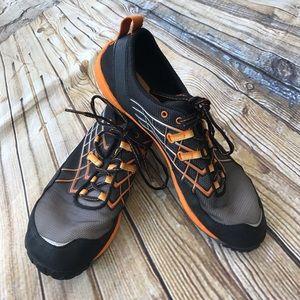 MERRELL Men's Orange Black Athletic Shoes SZ 10